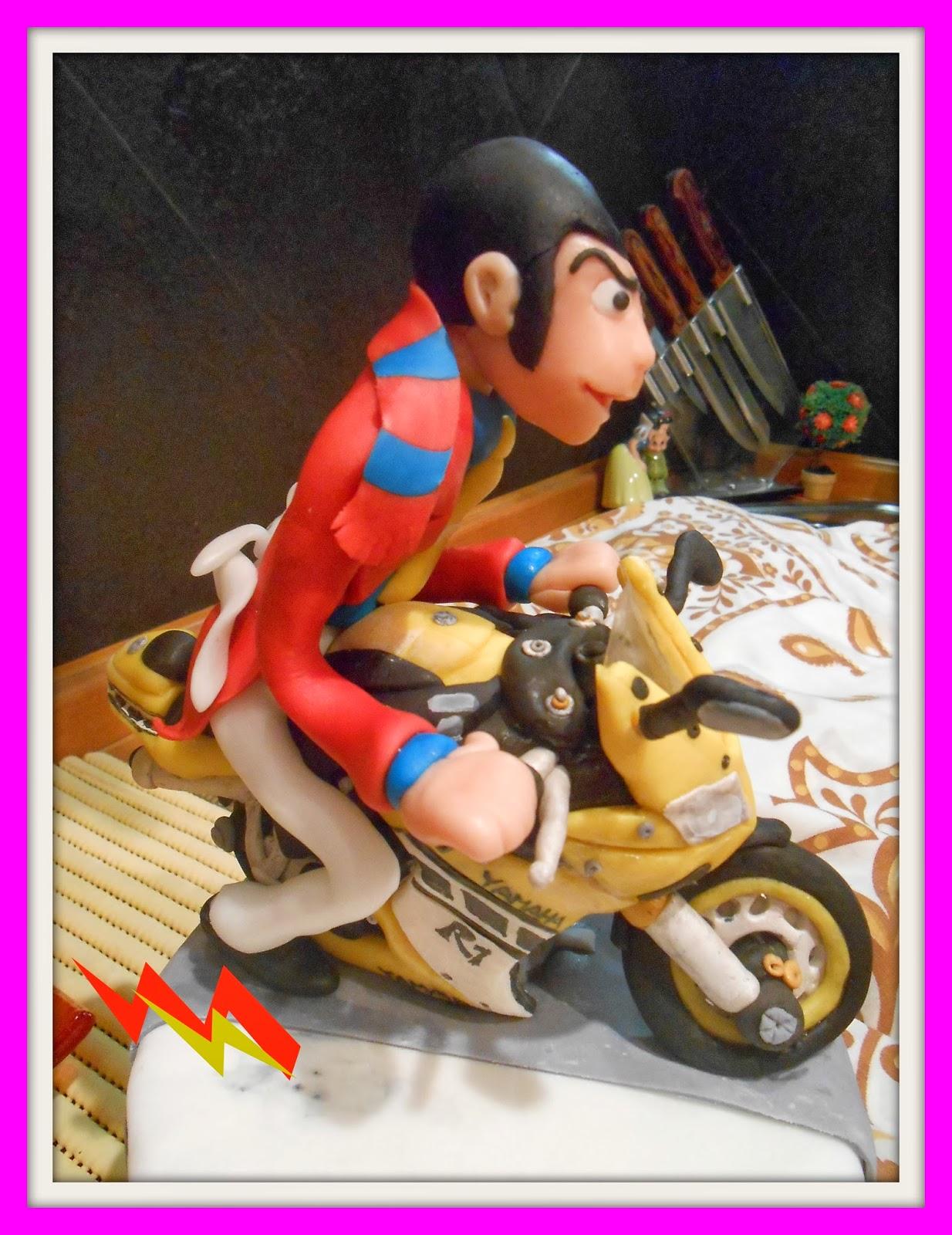 torta lupin su moto yamaha