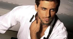رجل وسيم جدا - تعرف على الصفة التى اجمعت كل النساء على اهمية وجودها فى الرجل !!!!!