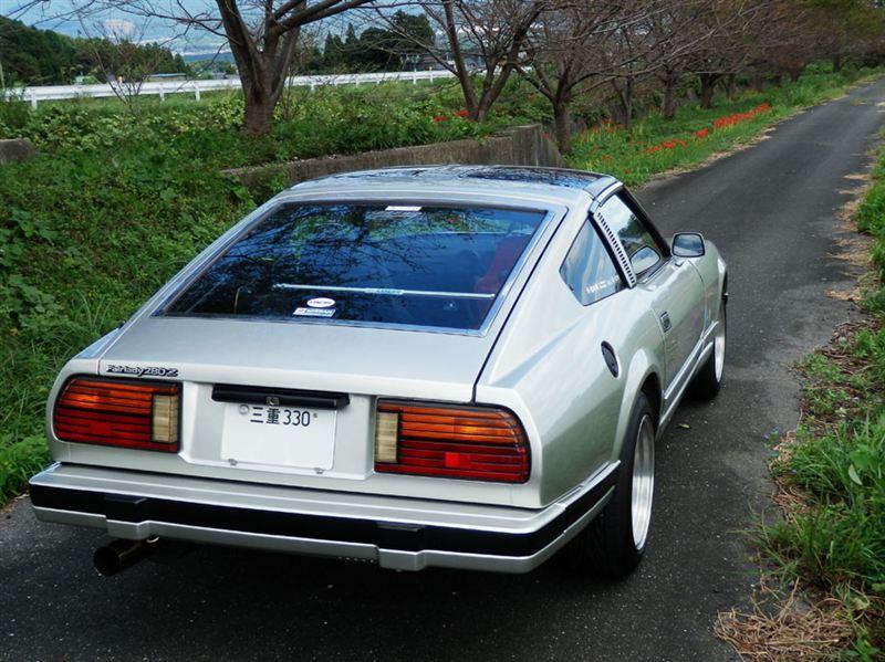 Nissan Fairlady Z 280Z  stary japoński samochód, klasyk, oldschool, 日本車, クラシックカー