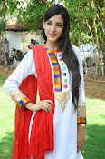 Kanika Kapoor latest photos-thumbnail-15