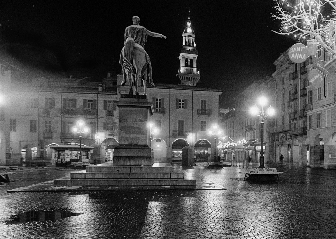 Mi punge vaghezza incontri nel tempo - Mercatino di natale piazza mazzini roma ...