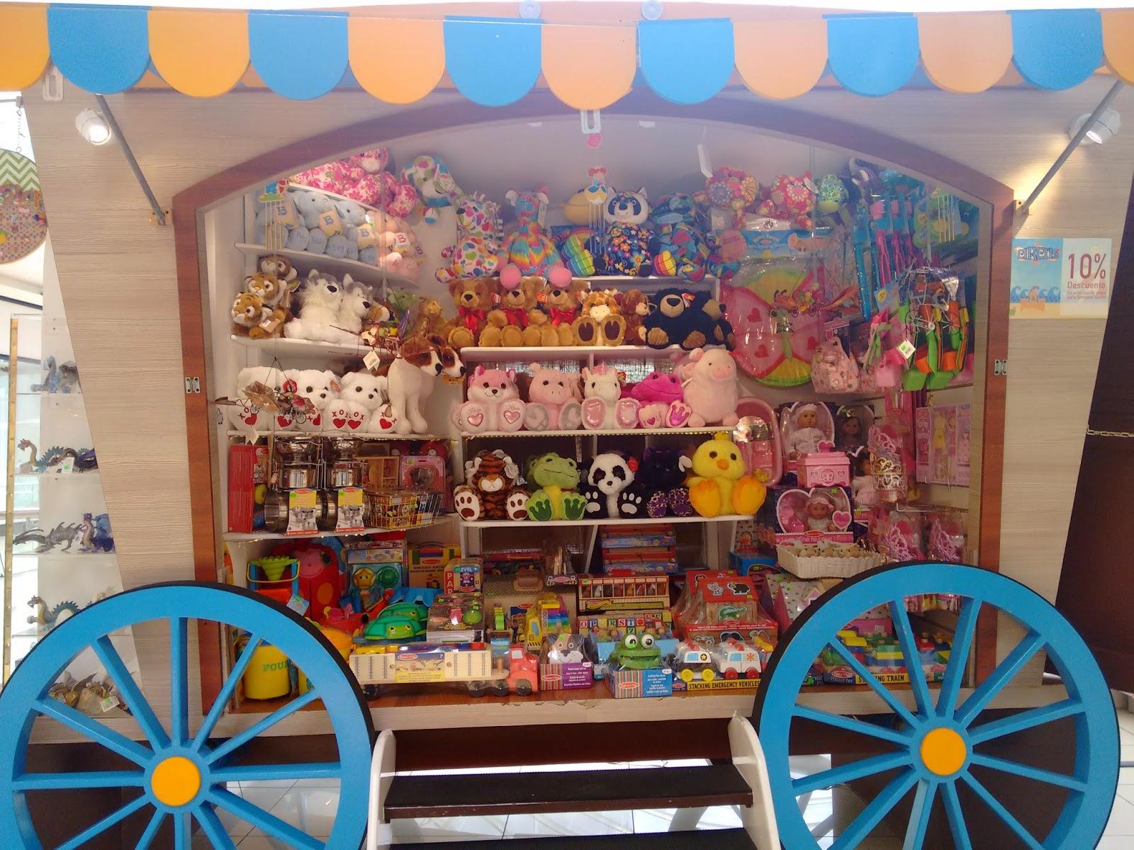 Dise o comercial y visual merchandising vitrinas en santo for Decoracio es