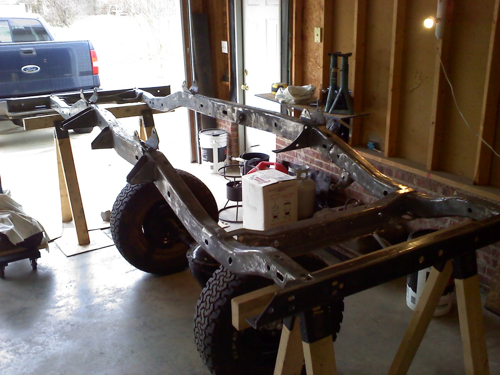 Painting the Frame (Inside and Out) | 1983 CJ7 Rebuild