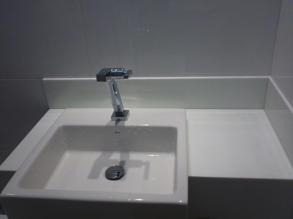 REFORMA e DECORAÇÃO  NOSSO PEQUENO AP Pia pronta -> Pia Para Banheiro Sketchup