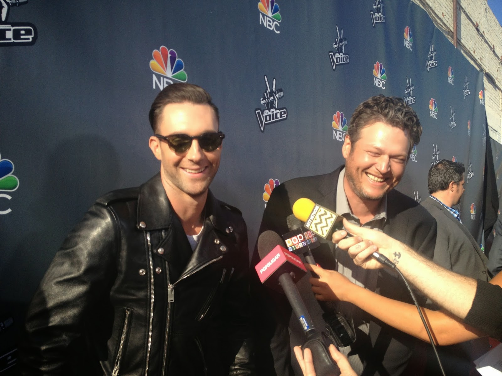 Adam Levine and Blake Shelton on the red carpet