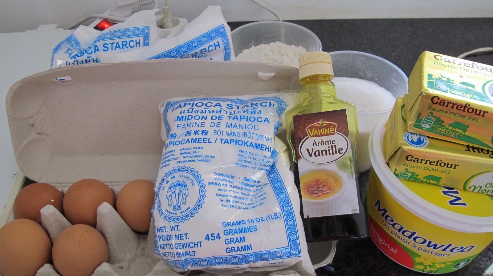 Bahan untuk membuat kue sagu keju (lupa keju kraftnya)