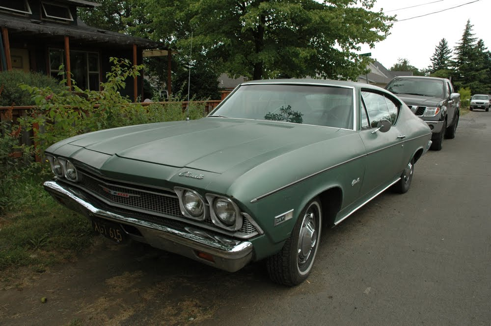 OLD PARKED CARS.: 1968 Chevrolet Chevelle Coupe.
