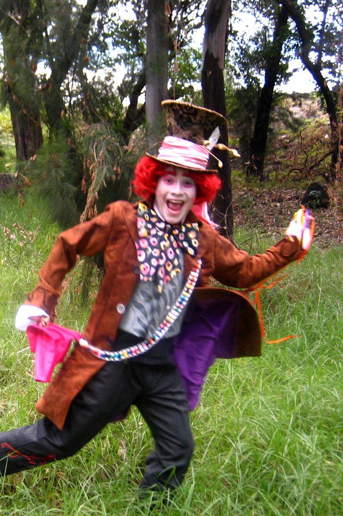 Alice in wonderland mad twatters tea party - 3 1