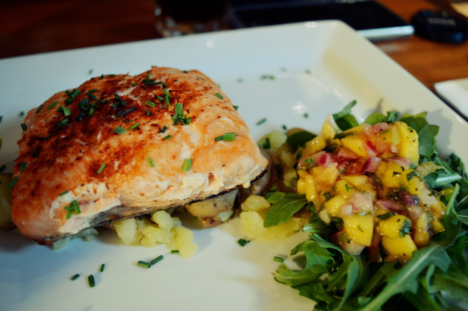 smollenskys bar and grill salmon