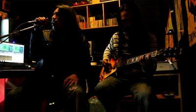 Razzi Rahman feat. Kyo - Ombak Rindu (Rock Version)MP3