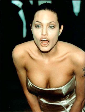 ... Hot Photo Gallery With Sexiest Video - Angelina Jolie - Zimbio