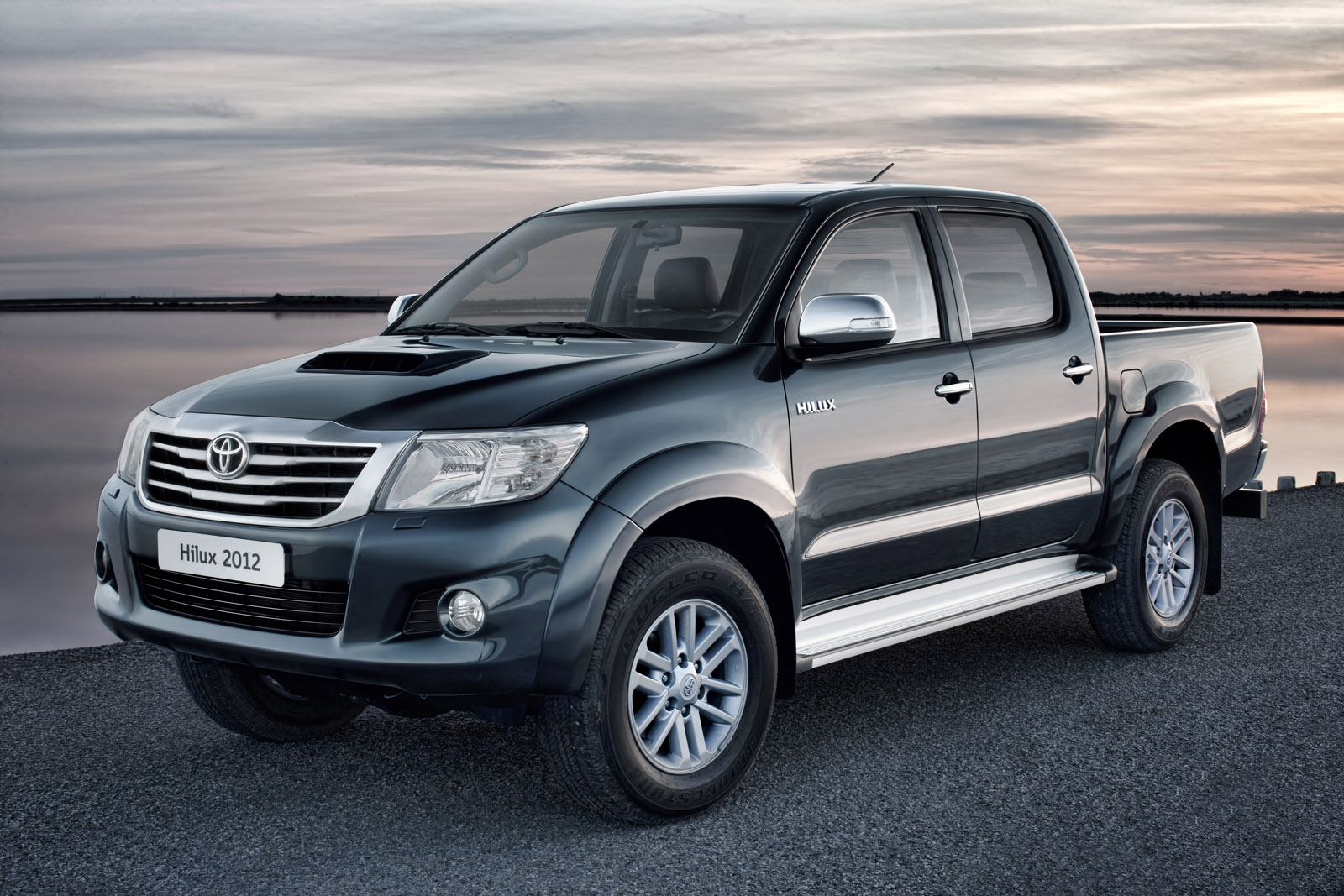 New Toyota Hilux : New design and more power | Auto Car ...