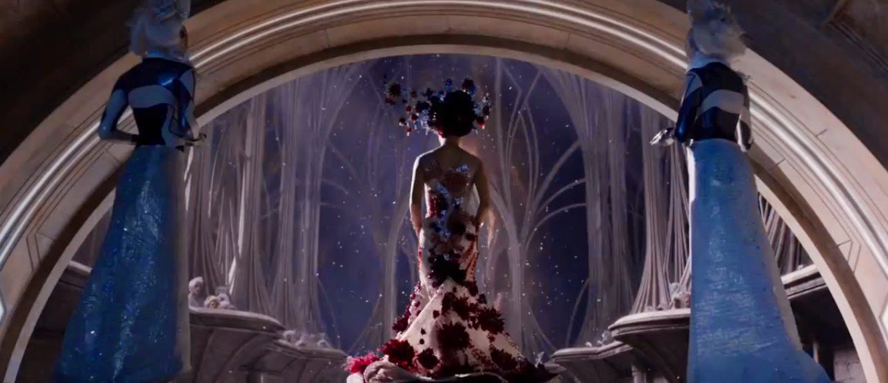 The United States of the Solar System, A.D. 2133 (Book Five) - Page 9 Jupiter_ascending_trailer_review_02