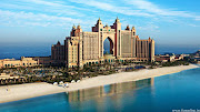 Dubai's Atlantis Beach Hotel Wallpaper