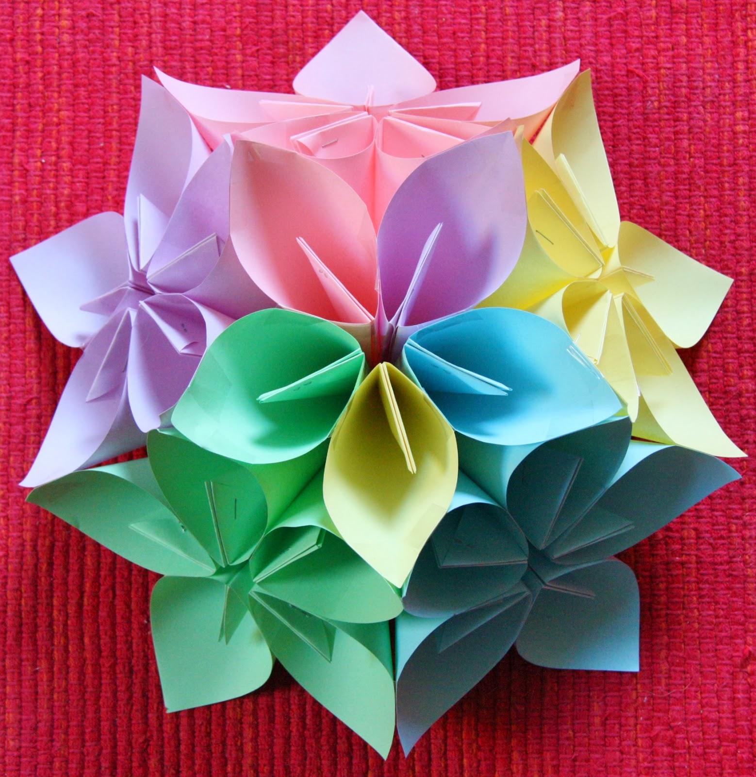 Lachiocciola bricolage educativi ancora fiori di carta for Fiori semplici