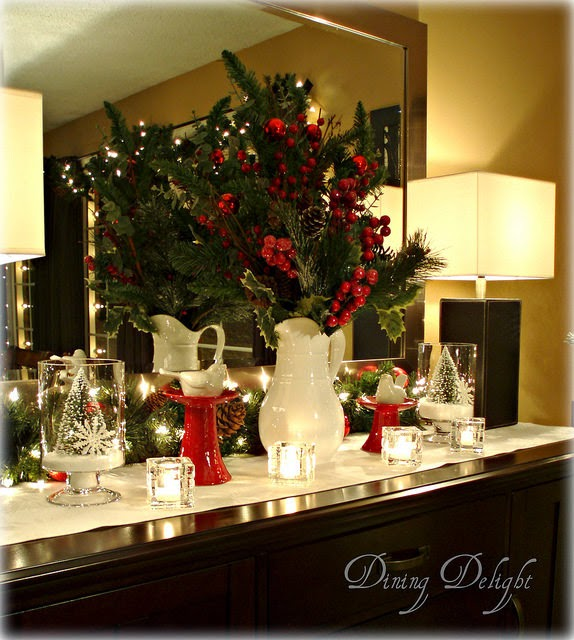 Dining delight christmas sideboard decorations for Dining room buffet table decorating ideas