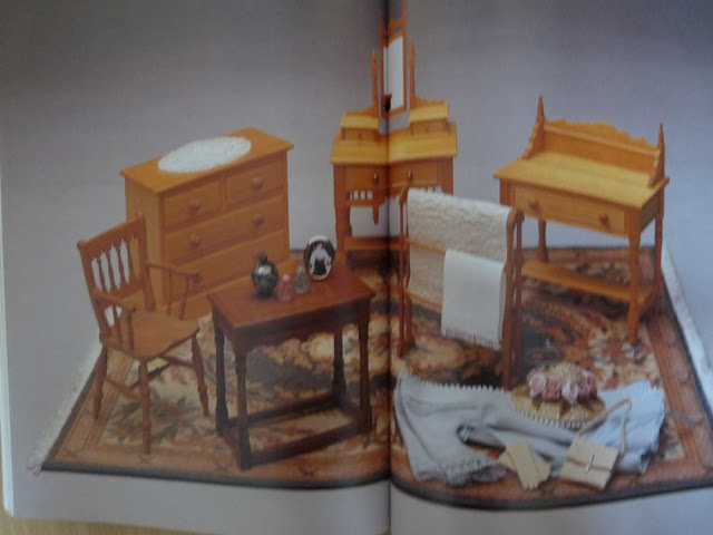 MAKING MINIATURES,Dolls'house projects,Venus & Martin DODGE,Miniature