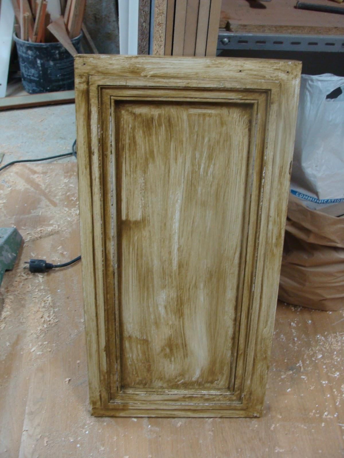 Andocarpinteando armario con materiales reciclados for Puertas recicladas