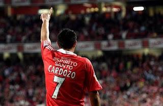 O melhor ponta de lança estrangeiro da história do Benfica