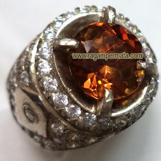 Batu Permata Brown Topaz - 058