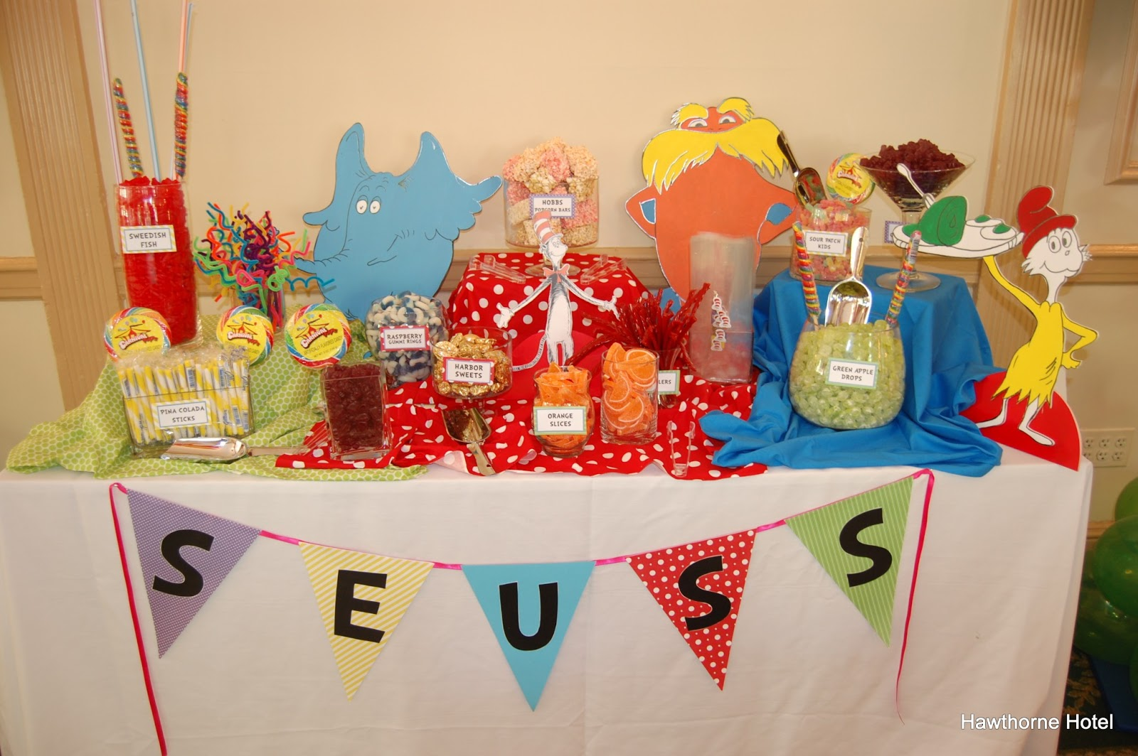 dr seuss themed baby shower is a hit dr seuss baby shower ideas