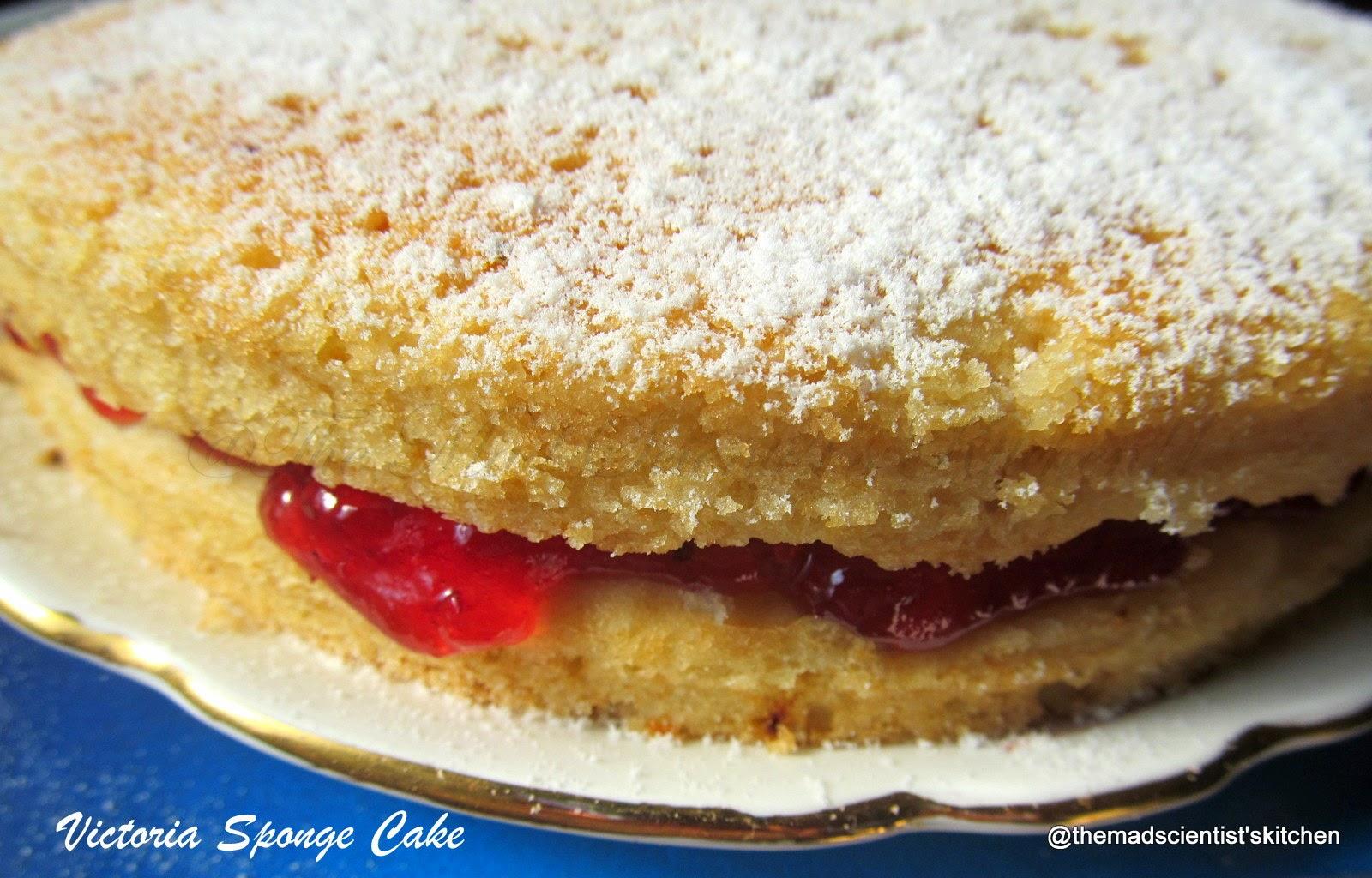 Victoria Sandwich Cake/ Victoria Sponge Cake