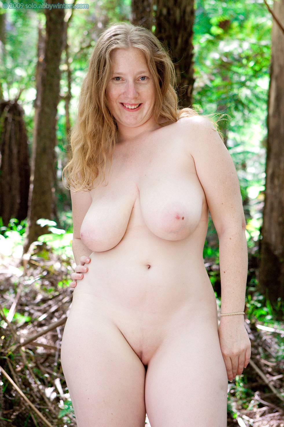 Amateur nude pictures of plus size women