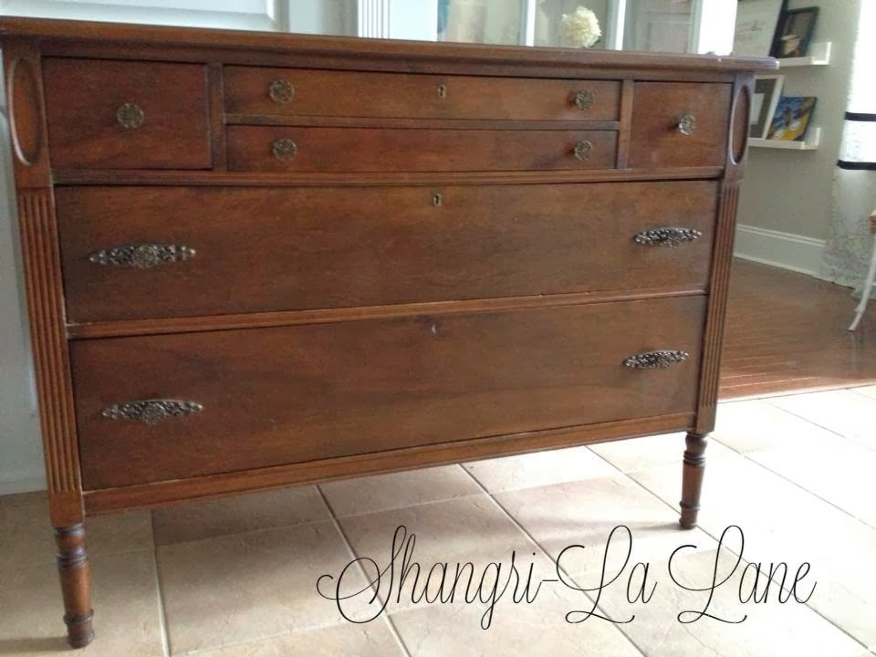 http://www.shangrilalane.com/2013/06/antique-mahogany-sideboard.html