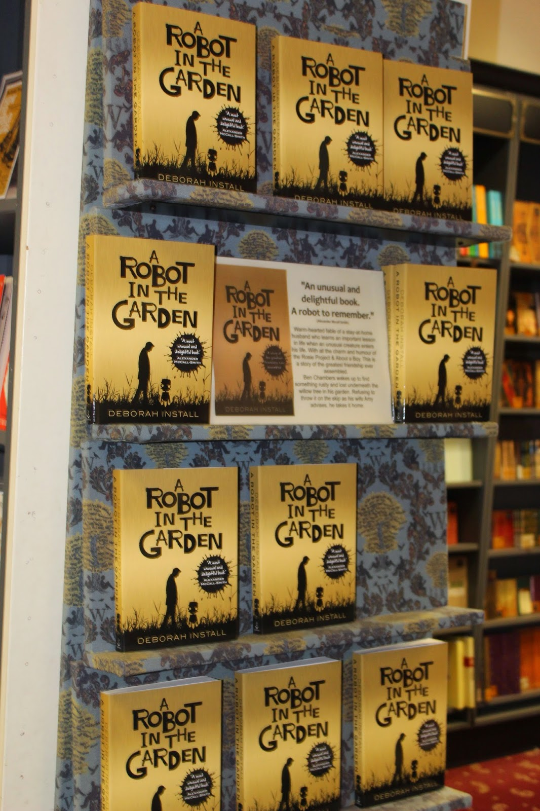 Dark-Readers: A Robot in the Garden Review and Interview