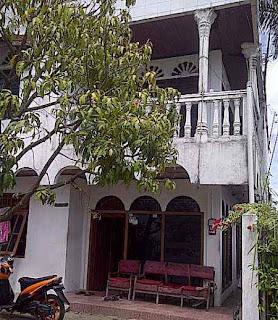 rumah kontrakan di Padang