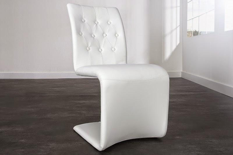 dizajnova stolicka v bielej farbe z umelej koze