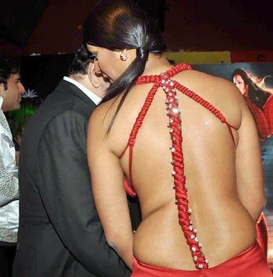 kashmira shah hot backless hd wallpapers