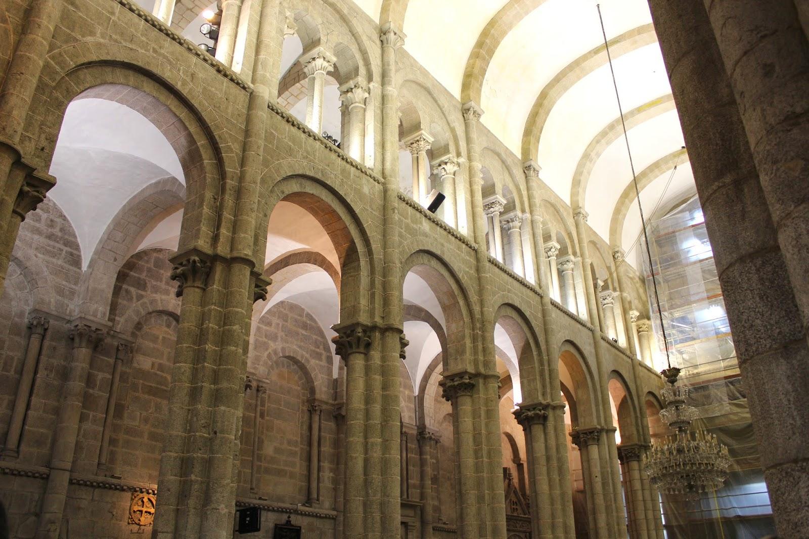 Maravillas ocultas de espa a la catedral de santiago de - Interior santiago de compostela ...