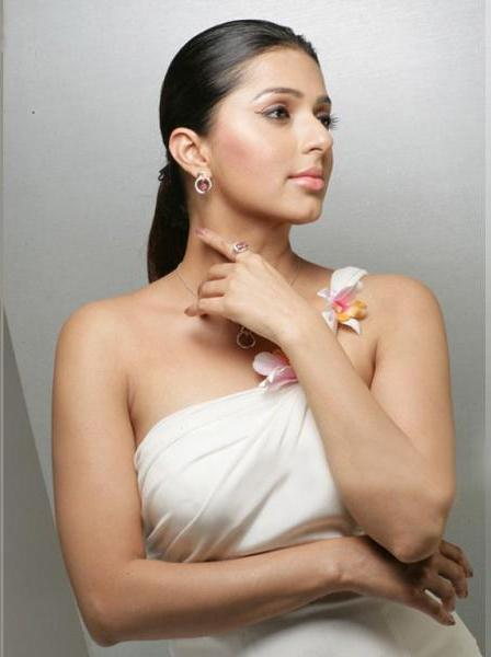 bhumika chawla unseen new latest photos