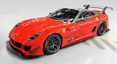Ferrari 599XX Evo leiloada para ajudar as familias devastadas pelos terremotos