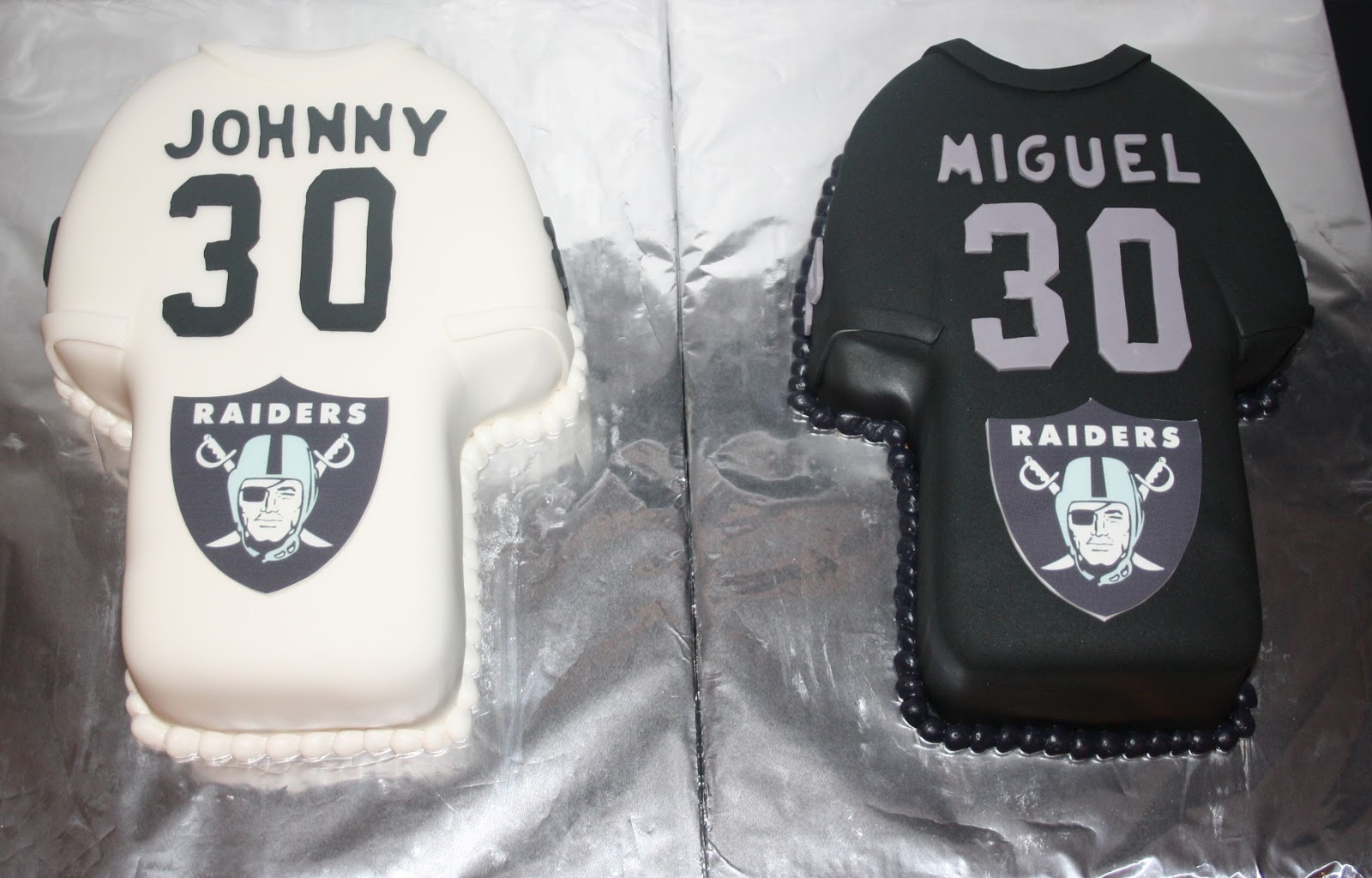 Jacquelines Sweet Shop Oakland Raiders 30th Birthday Cakes