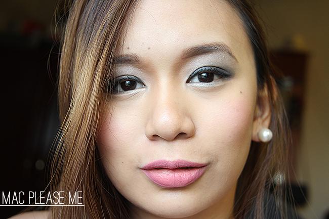 mac lipstick in please me
