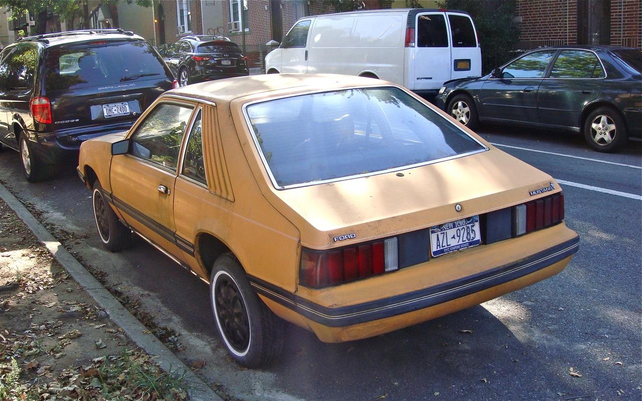 the street peep 1981 ford mustang hatchback. Black Bedroom Furniture Sets. Home Design Ideas