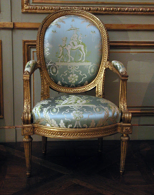 Luijs Delanuā Armchair (part of a set) Louis Delanois, ca. 1770–75   The Metropolitan Museum of Art, New York