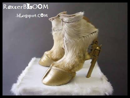 Sepatu Paling Unik yang Terbuat dari Kaki Kuda dan Pistol - raxterbloom.blogspot.com