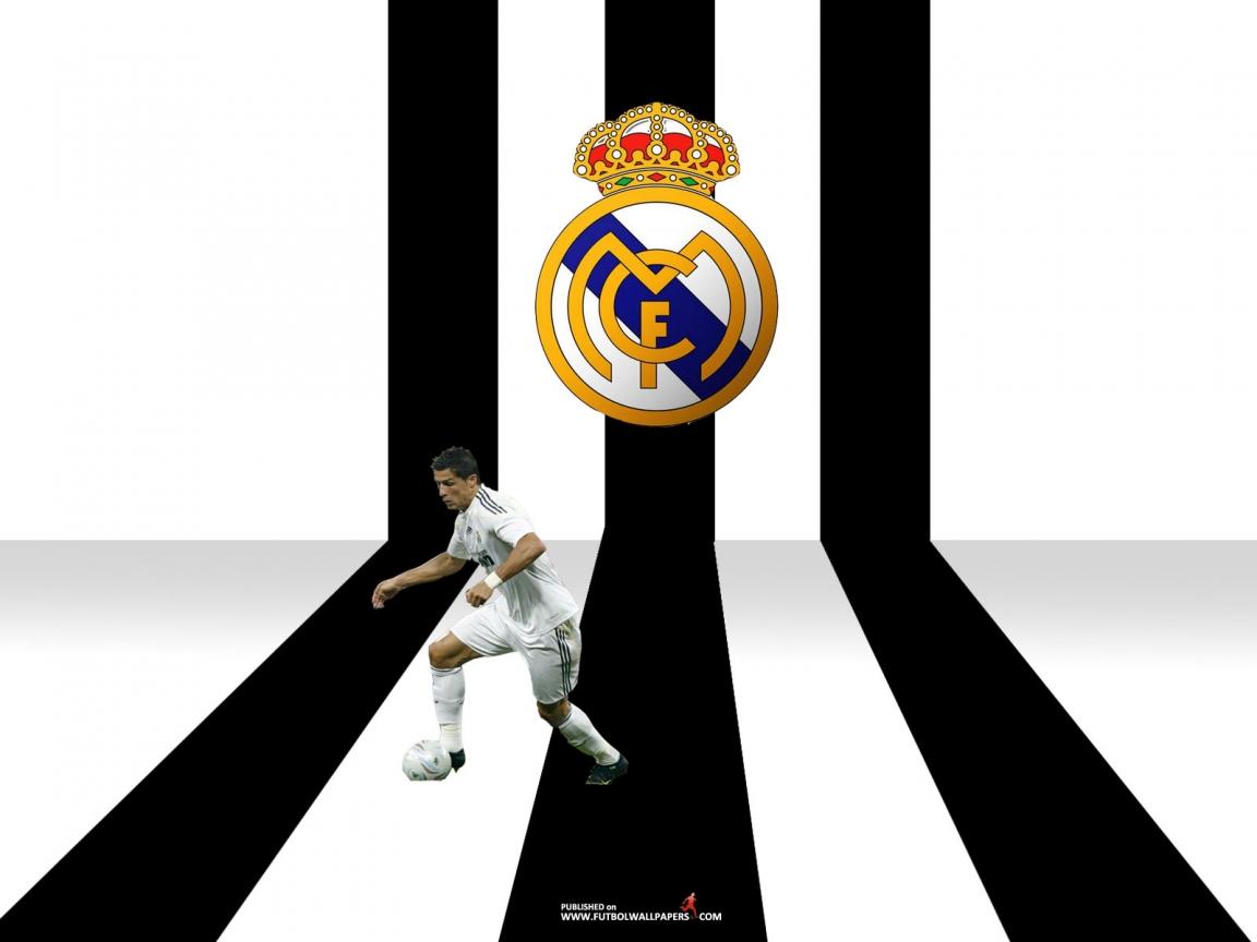 http://2.bp.blogspot.com/-JapCeS58l9k/TlOgB4FtTaI/AAAAAAAADM0/uzH8fDqF5og/s1600/Cristiano-Ronaldo-Wallpaper-2011-57.jpg