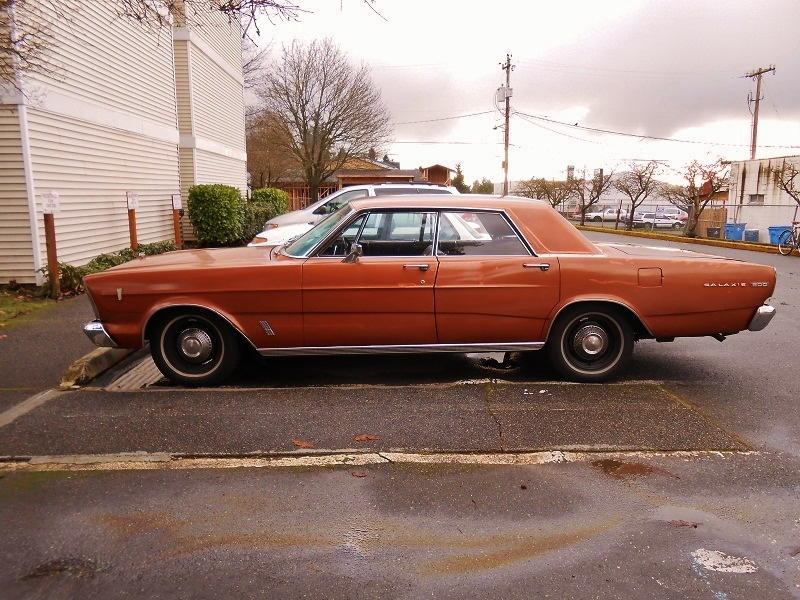 seattle 39 s parked cars 1966 ford galaxie 500. Cars Review. Best American Auto & Cars Review