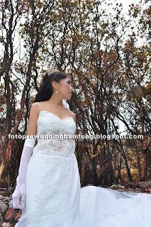 Foto Pre Wedding Eksotik Kawah Putih Bandung