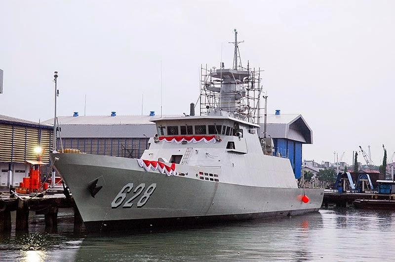 Kapal Cepat Rudal (KCR)-60 M (KRI Sampari-628)