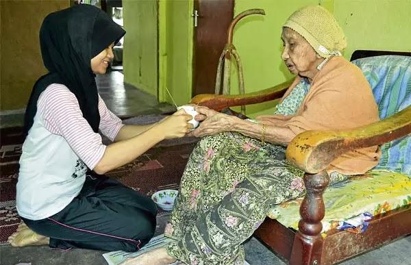 Rahsia Panjang Umur 107 Tahun Seorang Nenek