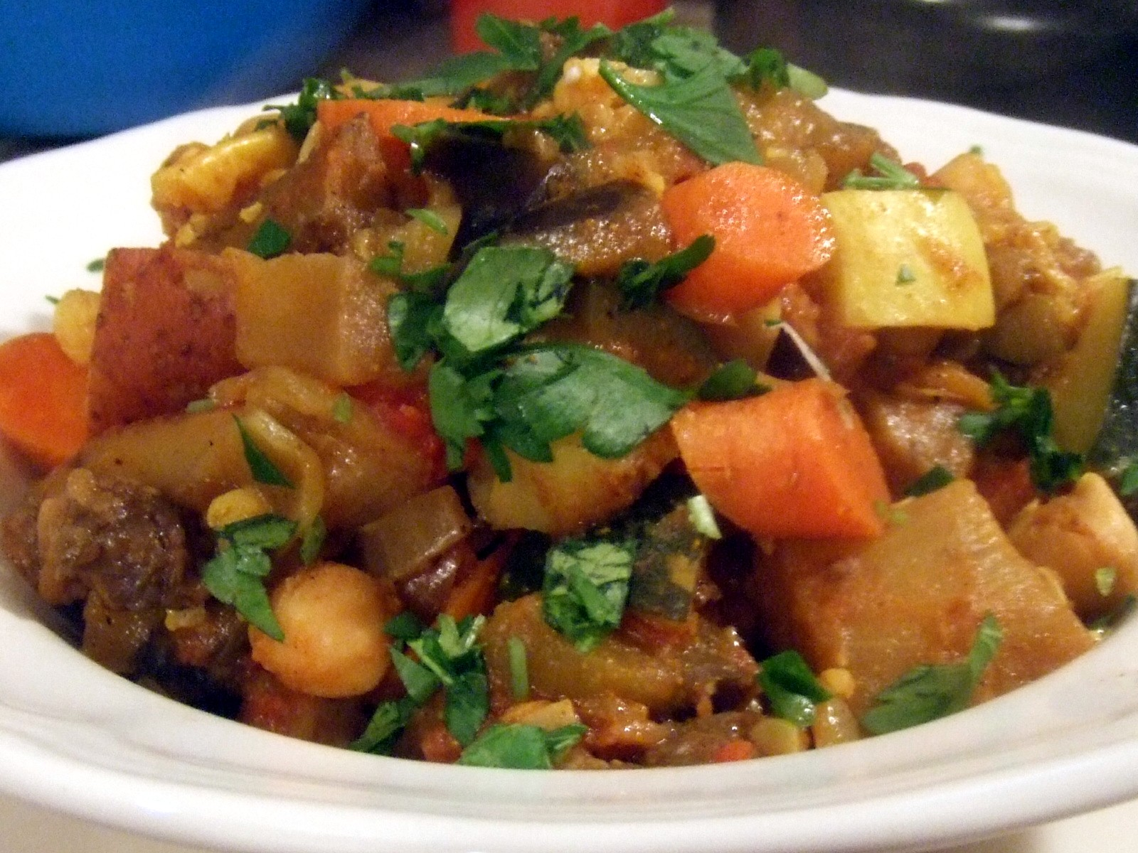 Spicy Vegan Zucchini And Tomato Stew With Garlic And Mint Recipes ...