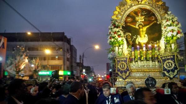 Señor de los Milagros en Parroquia Virgen Desamparados en Breña 2014
