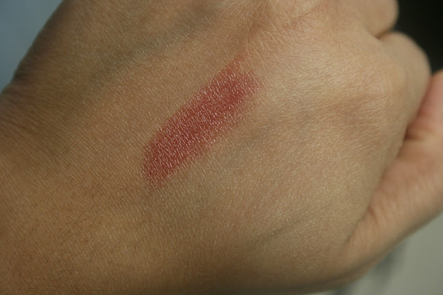 Burberry Beauty Lip Mist in Rosewood Swatch