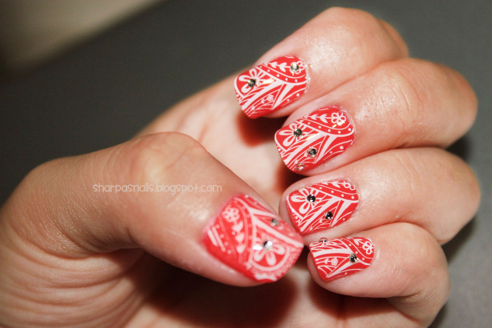 This Nail Art Is Quite Easy To Do As You Can See It Possible All Fingernails On Both Hands Just Need Practice Most Of The Stamping