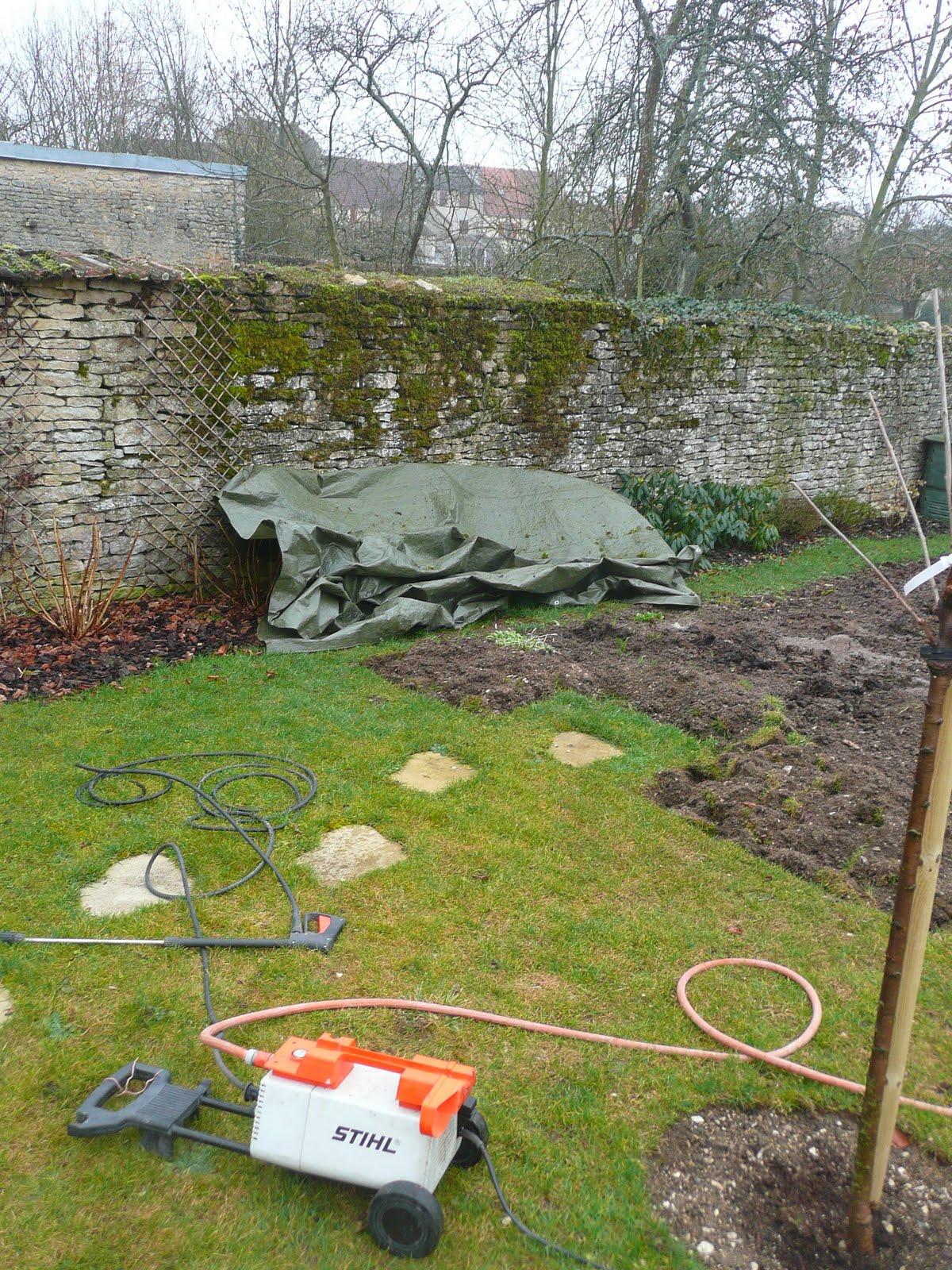 Notre jardin secret nettoyage de printemps for Nettoyage jardin printemps